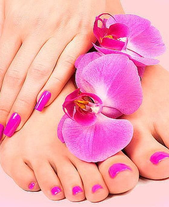 pies con cremas aplicadas de extractos naturales